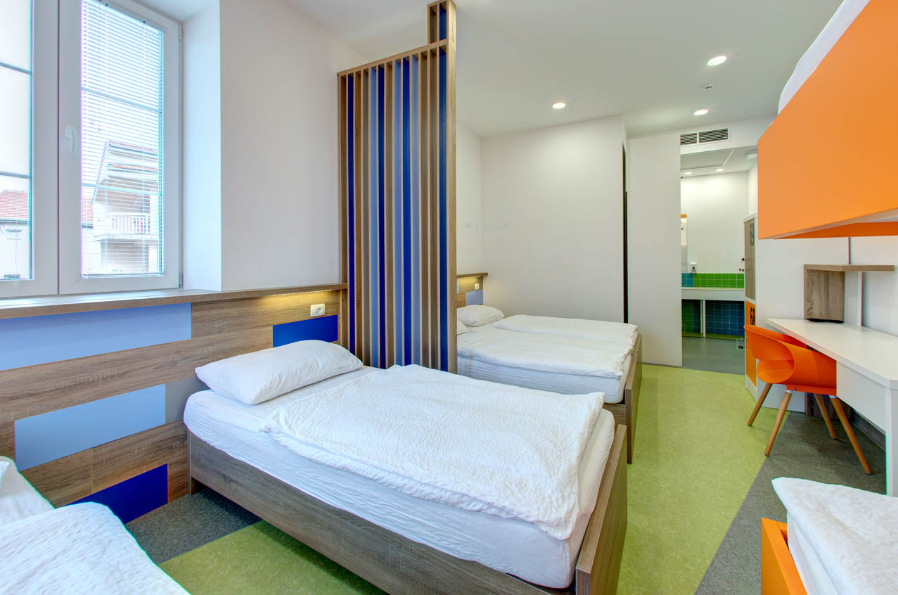 Design hostel starmo hostel mostar rooms and accommodation for Decor do hostel